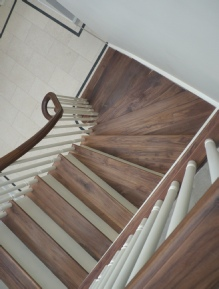 walnut staircases, walnut stairs, contemporary walnut staircases, walnut spiral staircases, walnut helical staircases: