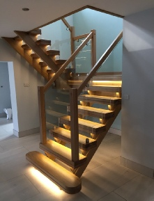 Oak staircases, oak stairs, oak spiral staircases, oak helical staircases: