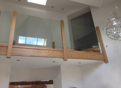 Glass Staircase,glass stairs,oak and glass stairs,oak and glass staircases: